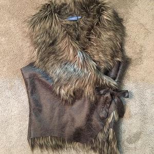 Simply Vera Faux Fur Vest